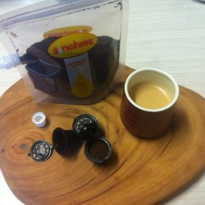Reusable coffee pods and freshly ground coffee in a 500ml Sinchies makes filling the pods super easy!